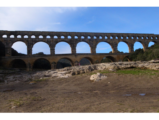 世界遺産「 pont de gard 」川底に降りて撮影