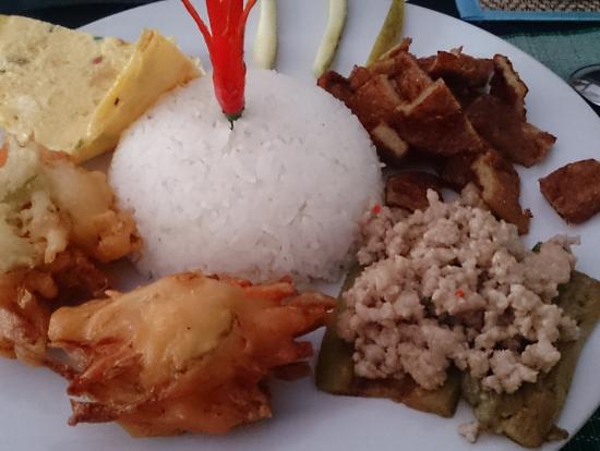 クメール(カンボジア)料理の昼食