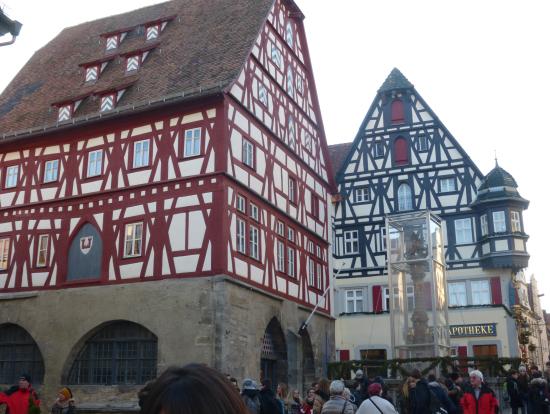 ローデンブルグの街の建物もロマンチック