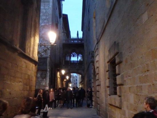 旧市街の一コマ