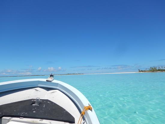 島周辺の海の色は、他では見たことのないような美しい色をしています。