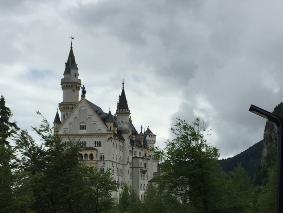 ノイシュバンシュタイン城に向かう