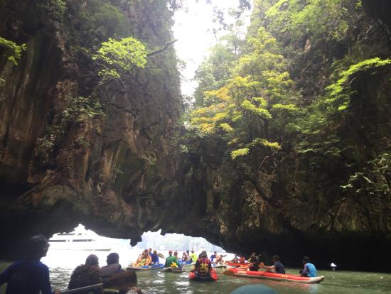 ホン島のカヌー体験