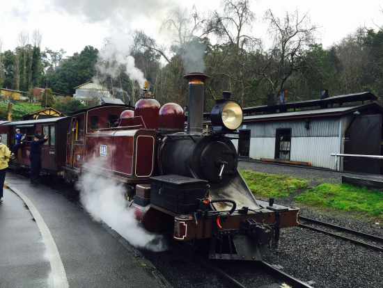 機関車も運転手さんも雰囲気があり、映画の中の世界みたいでした。