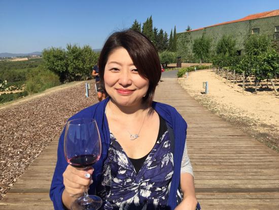 晴天だったので外でいただくワインもサイコー!