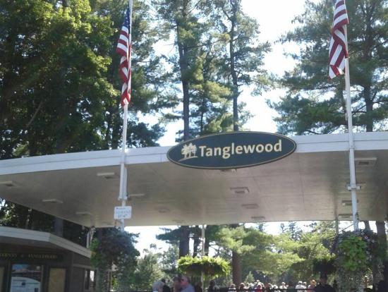 タングルウッドのメインゲート