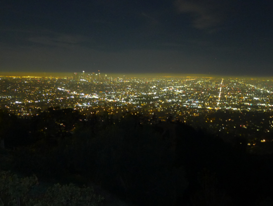 闇に輝くダウンタウン