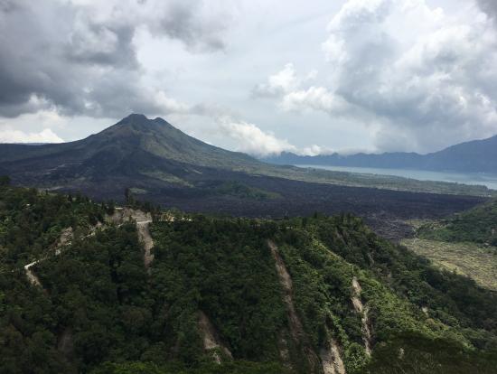キンタマーニ高原からの眺め