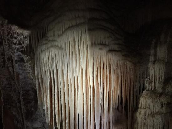 ジェノラン鍾乳洞