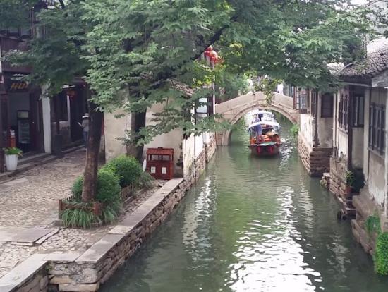 美しい周荘の運河