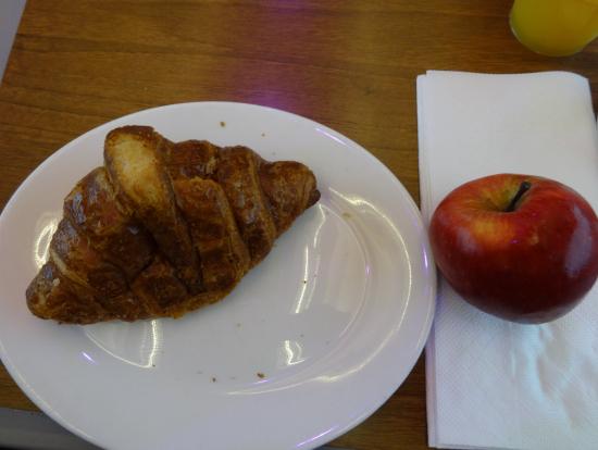 朝食のパン(一等席の場合、一例)