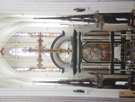 大聖堂「聖母被昇天」