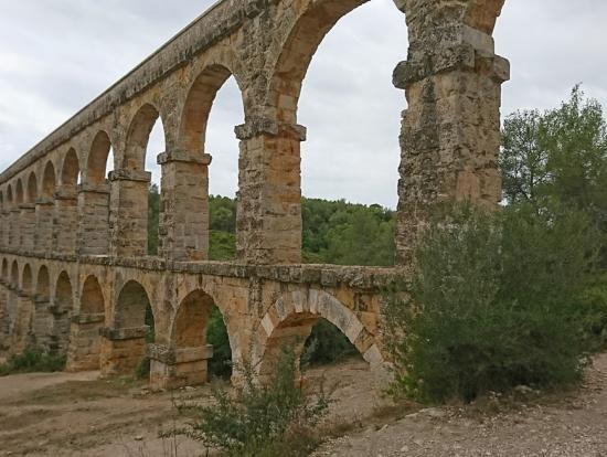 タラゴナ郊外にある水道橋
