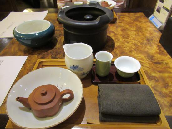 学んだ事を実地体験で自分でお茶をいれて食します