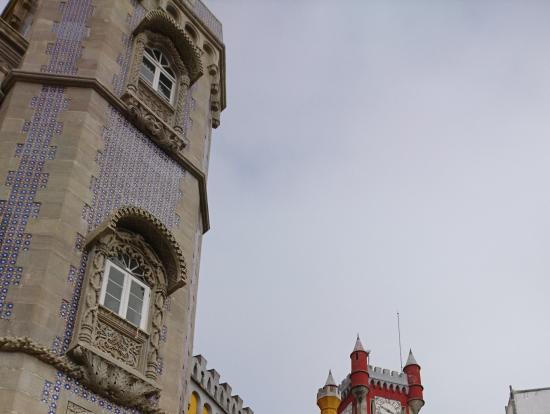 おとぎ話の中の宮殿みたいなペナ宮