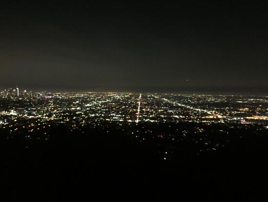 グリフィス天文台からのロスの100万ドルの夜景