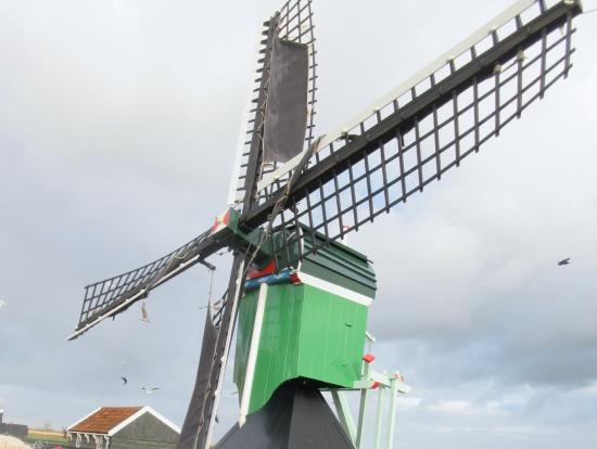 風車の中も見学します。いい写真がたくさんとれます。
