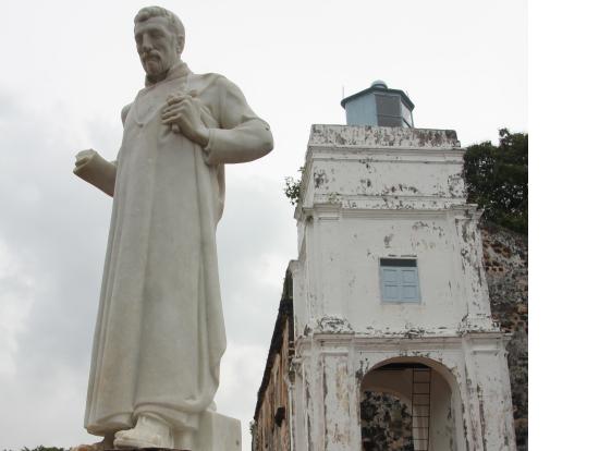 ザビエル像とセントポール教会