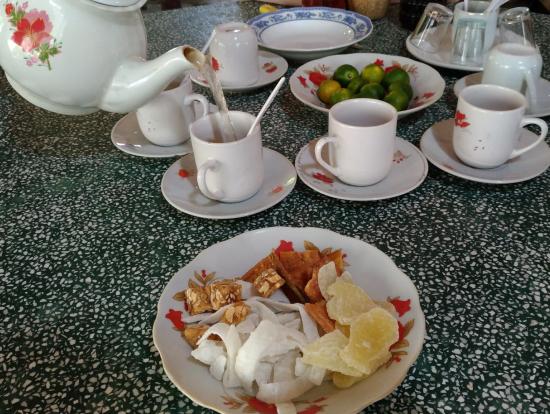 蜂蜜屋さんのお茶とお菓子