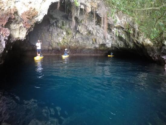 青の洞窟は運しだい