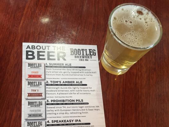 ビール醸造所にて試飲