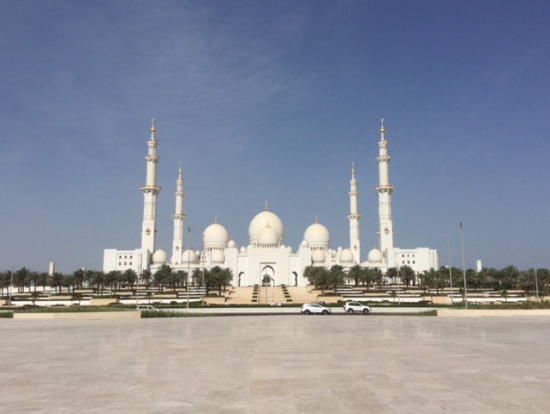 シェイクザイードモスク全景