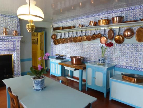 水色のキッチン