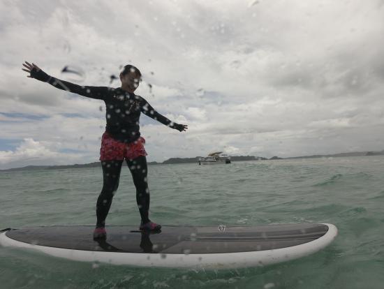 ヴァージンアイランドが出来るまではサーフィン!