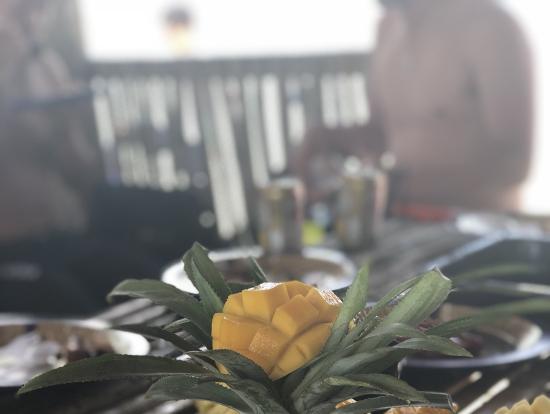デザートにフルーツも