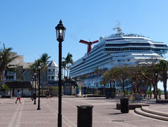 マイアミからのショートクルーズ船@キーウェスト