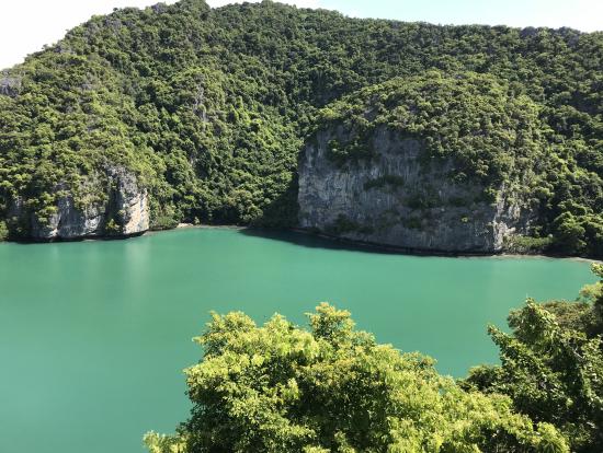 最後に訪れた海水湖