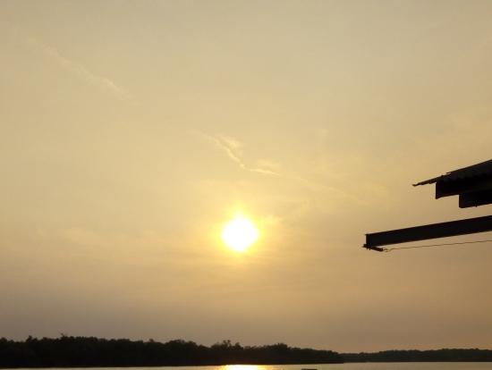 熱帯のクリスマス!クアラスランゴール川の夕日