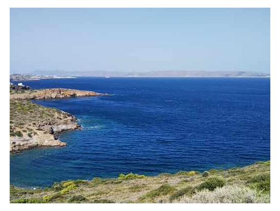神殿から見える海! 海岸ドライブはずっとこんな真っ青な海です。
