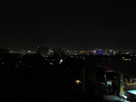 セブ市内の夜景