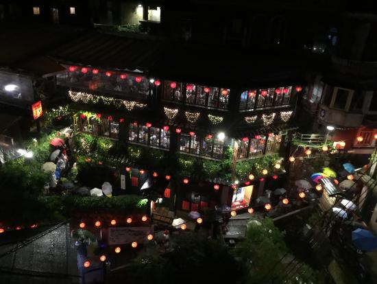 海悦楼3階から眺めた阿妹茶酒館