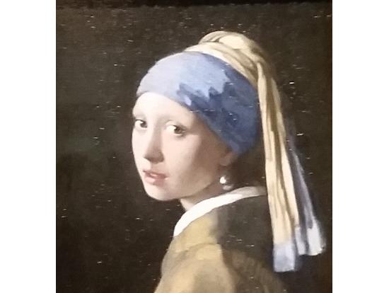 真珠の首飾りの少女(写真も撮れます)