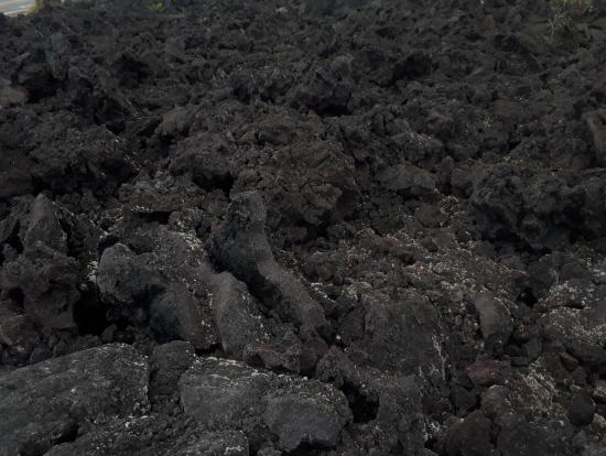 ハワイ島ならではの溶岩大地