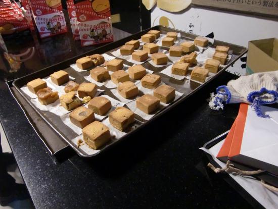 パイナップルケーキ焼き上がり