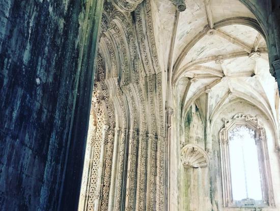 未完成の礼拝堂、サンタ マリア修道院