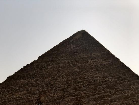 かなり大きいですクフ王のピラミッド