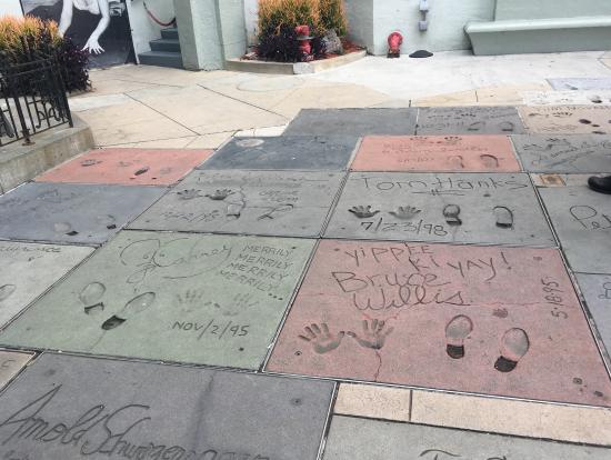 ハリウッド 誰の手形なのか教えて頂けました!