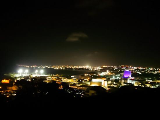 アプガン砦からの夜景