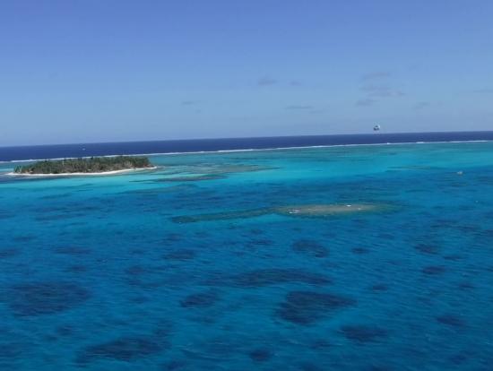 空からのマニャガハ島