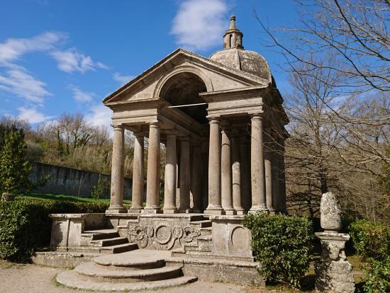 怪物公園の神殿