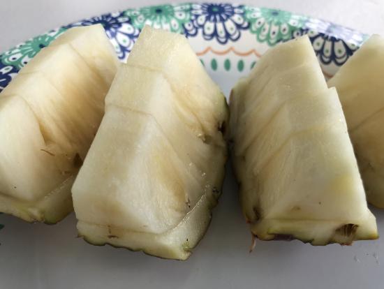 至高の甘さ、ハニークリームパイナップル