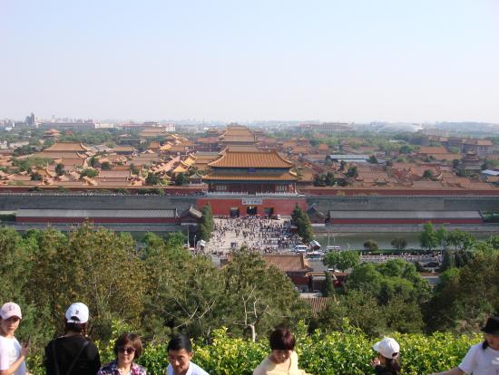 景山公園からの紫禁城。大混雑も、何時間でも見ていたい景でした。