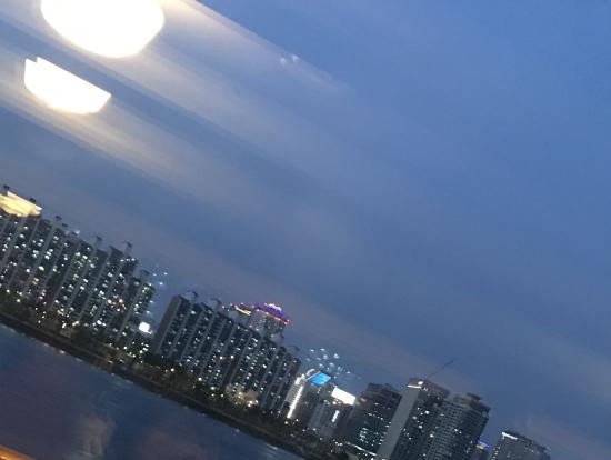 漢江を制するものは国を制する〜憧れのマンション群の夜景