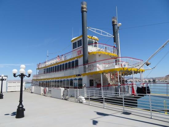 この船でミード湖クルーズです。