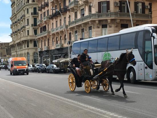 ナポリ市街
