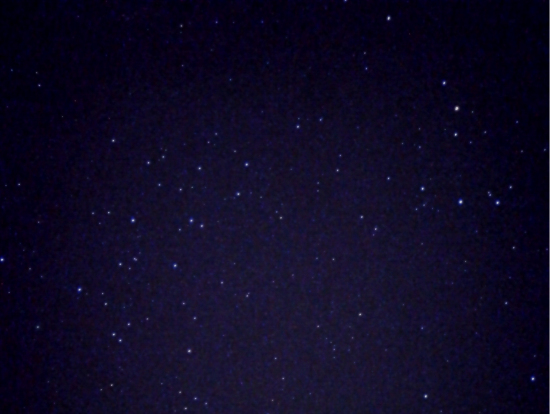 スマホで撮った星空です。土ボタルは撮影禁止なので、帰りの星空スポットで撮影しました。